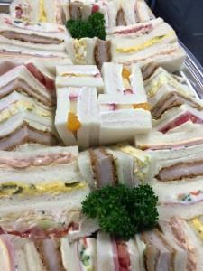 お昼のサンドイッチ